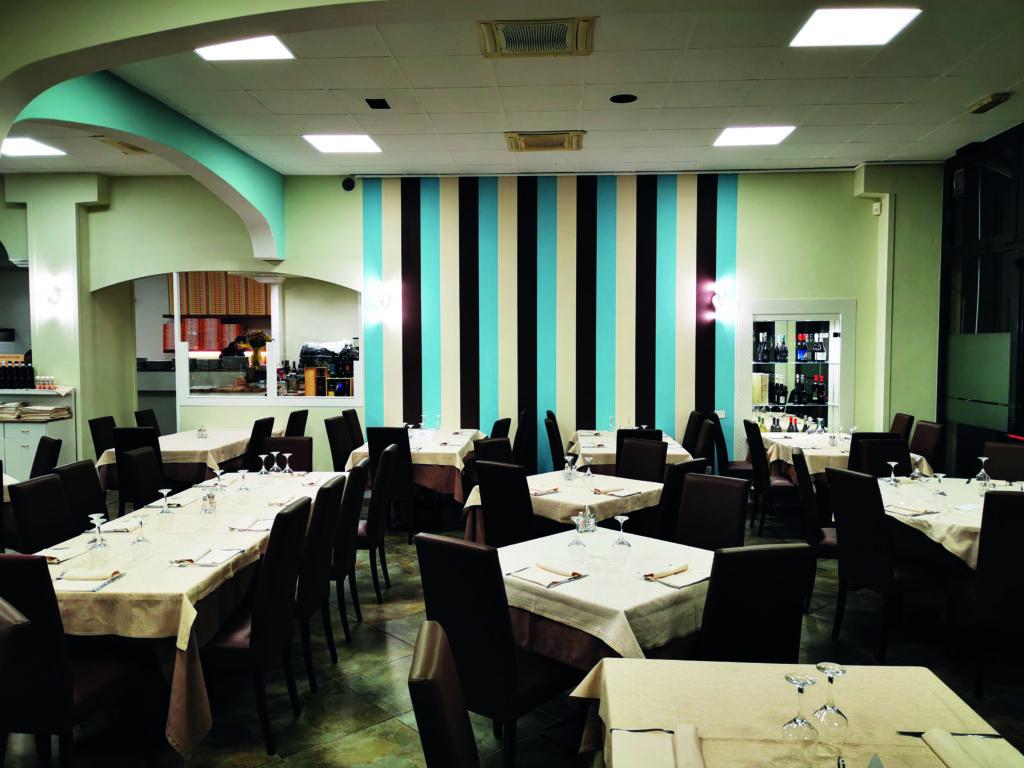 Restyling negozi Modena